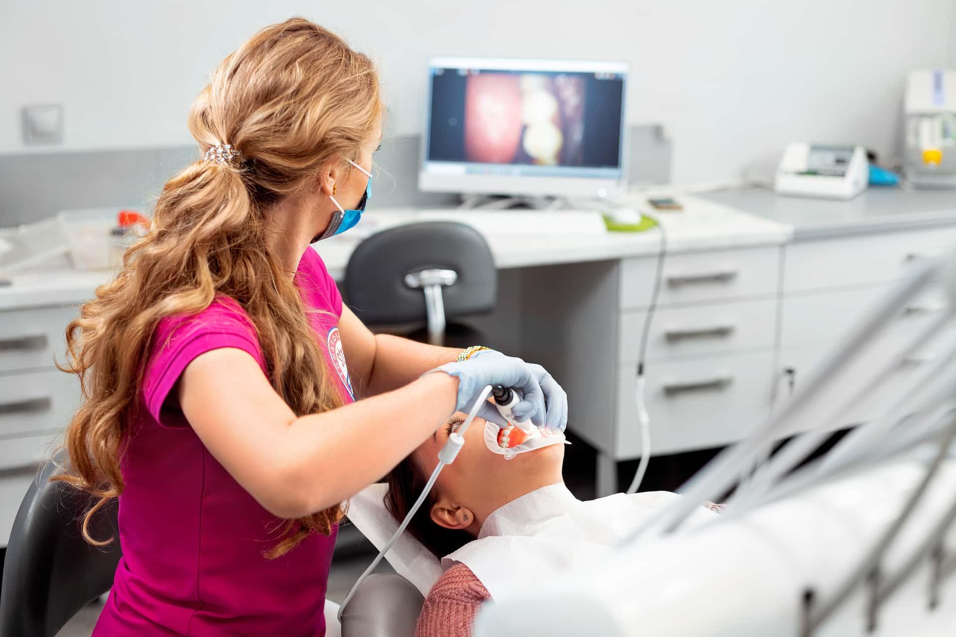 Kamera wewnątrzustna Strefa Zęba Tychy